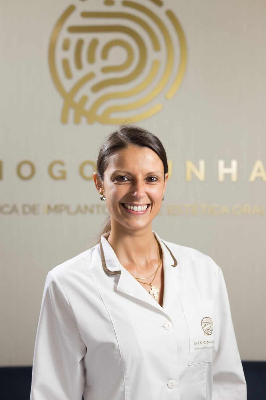 retrato dentista mulher colaboradora
