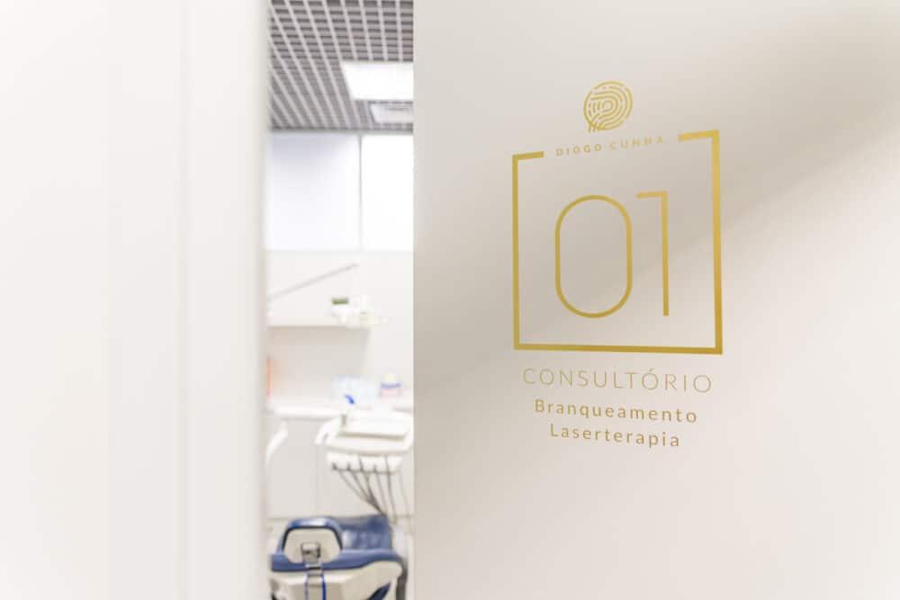 sinaletica porta dentista