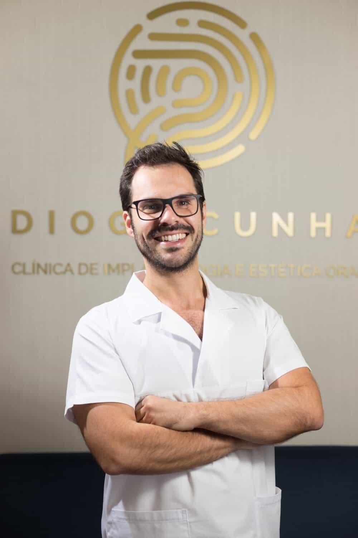 retrato dentista homem colaborador