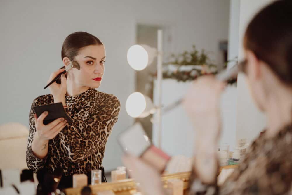 maquilhagem luzes espelho